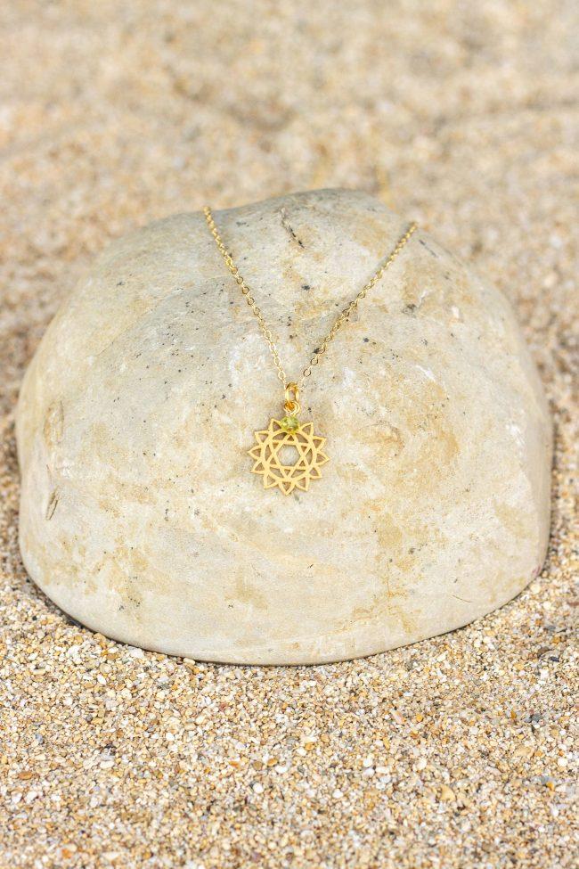 23104-gold-chakra4-peridot
