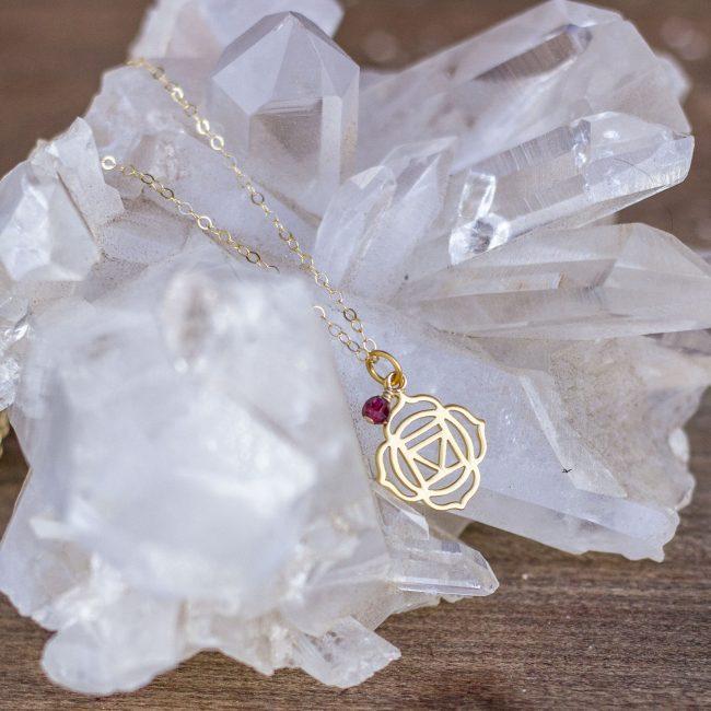 chakra-root-crystal